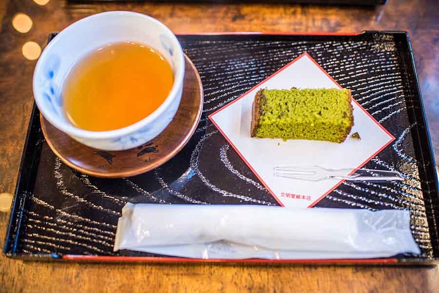 【九州自駕】禮。長崎蛋糕> 一塊蛋糕一杯熱茶,到「文明堂總本店」喝下午茶吧~