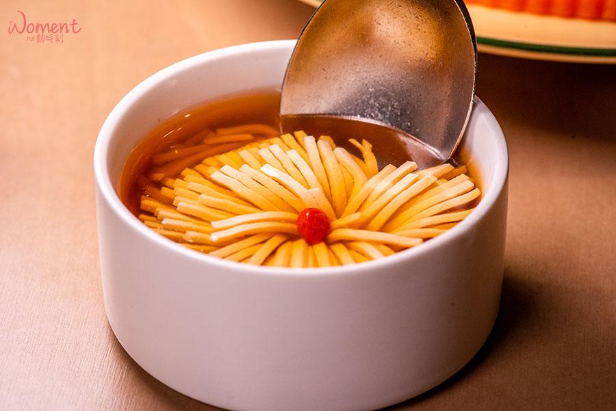 蔬食素食餐廳-吃到飽推薦果然匯 - 創意菜色菊花豆腐