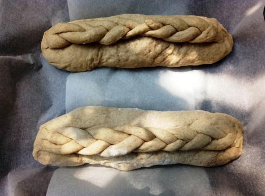 Тесто хлеба перед отправкой в духовку