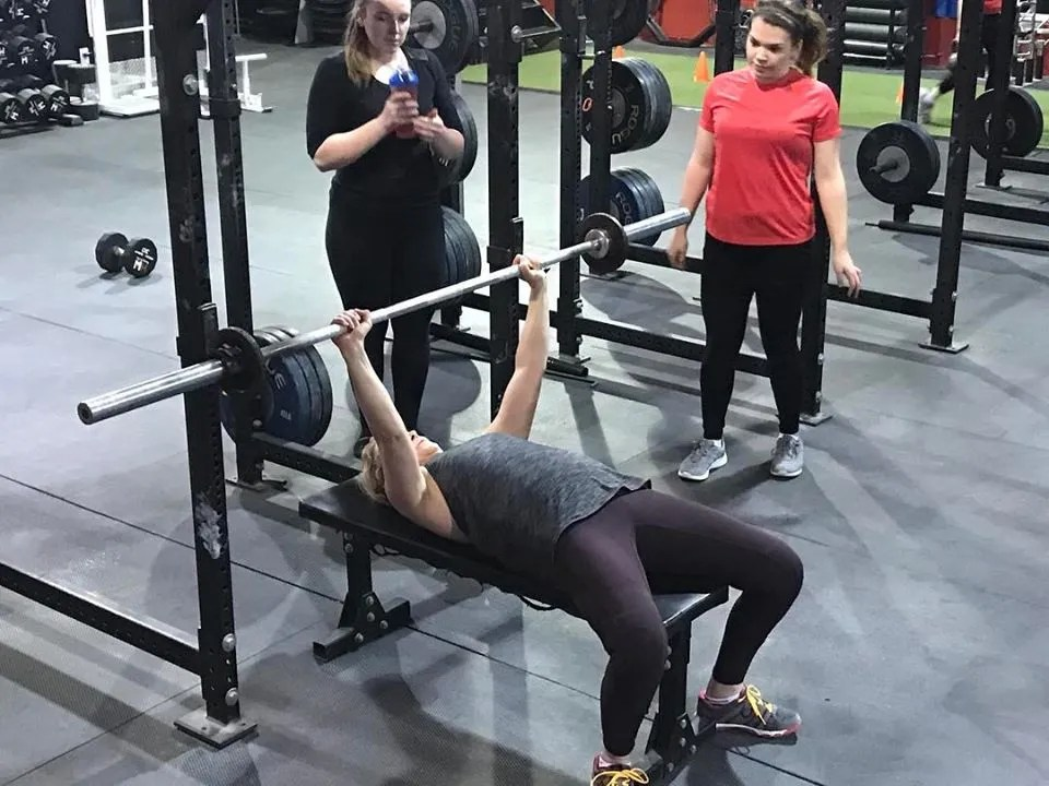 3 Simple Things Women Can Do To Improve Their Bench Press -
