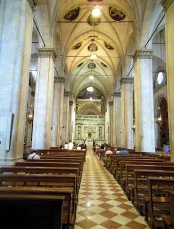 Loreto 3 Basilika vom Heiligen Haus 2