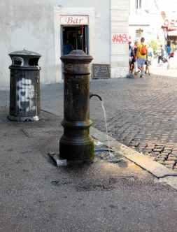 Rom 6 - Travestere Trinkbrunnen