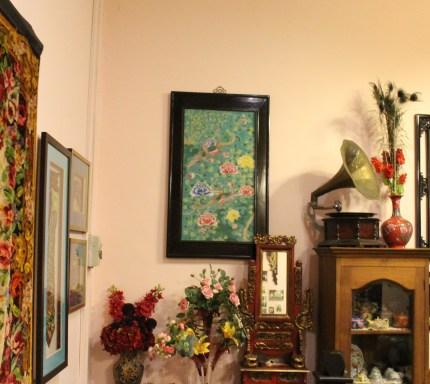2nd floor of Kim Choo Kueh Chang displaying a variety of arts and crafts