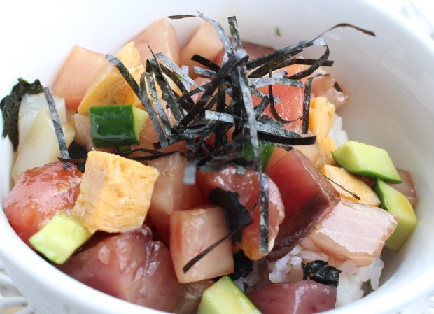 Rice bowl with Sashimi