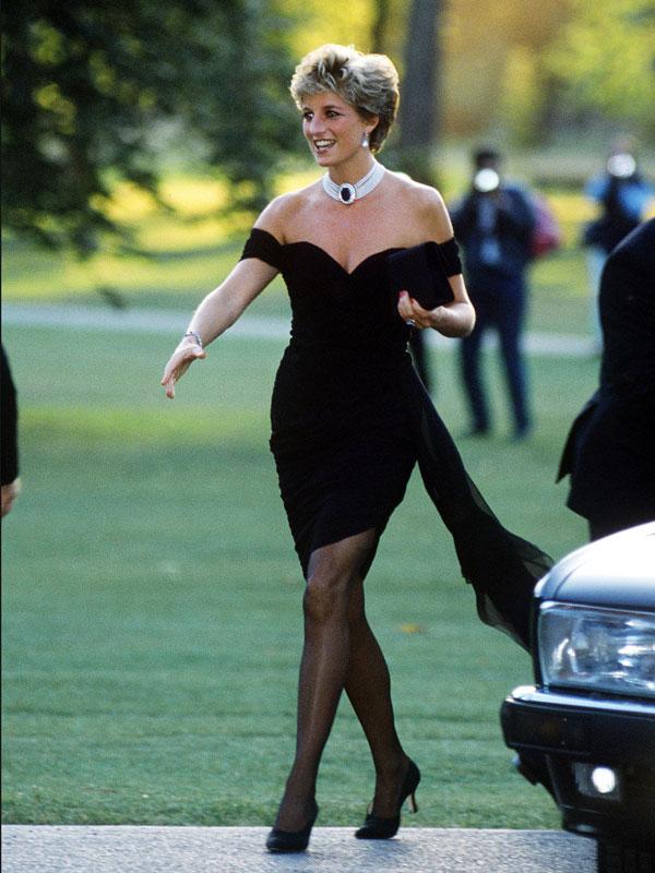 1994 - Wardrobe Essentials 101: The Little Black Dress | Wonder