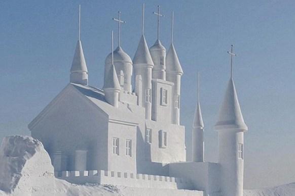 Chinas-Snow-World-Festival-2012-2-640x427