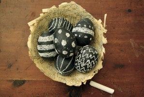 creative-easter-eggs-25-2