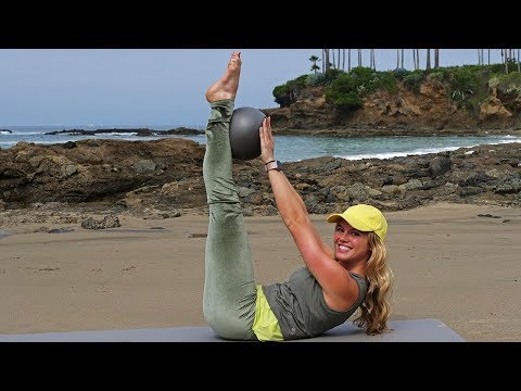 30 Minute Workout with Pilates Ball (Or A Towel) // Abs Core Glutes
