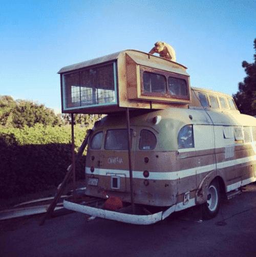 1948 Chevy Bus DIY home (1)