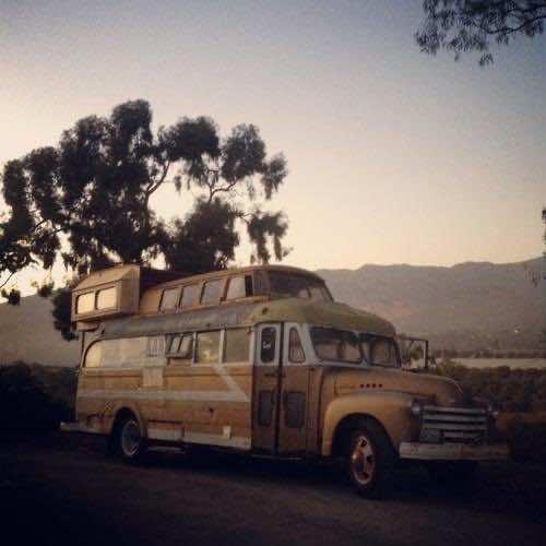 1948 Chevy Bus DIY home (3)