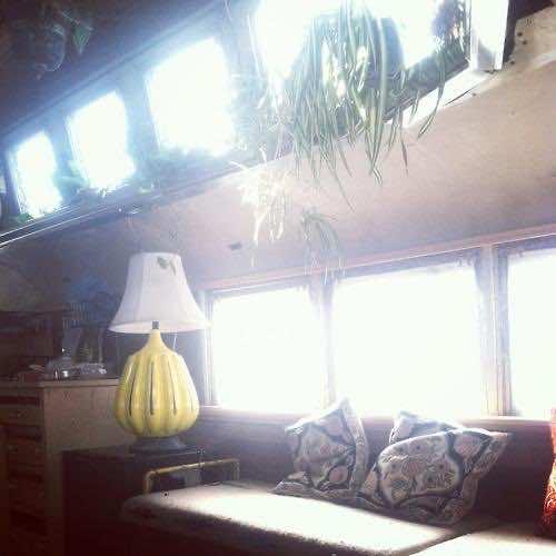 1948 Chevy Bus DIY home (7)