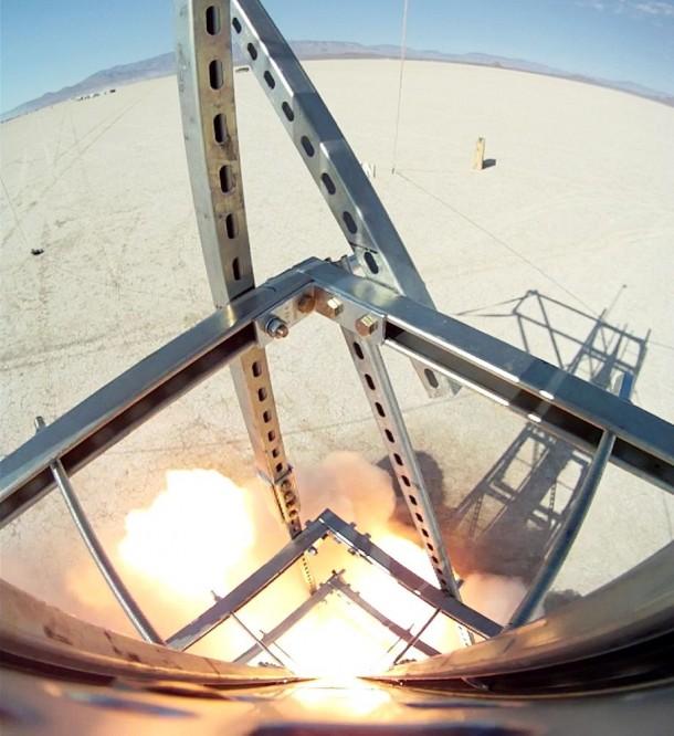 Homemade Rocket Reaches a Height of 121,000 ft5