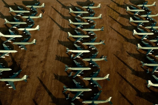 Boneyard of airplanes11