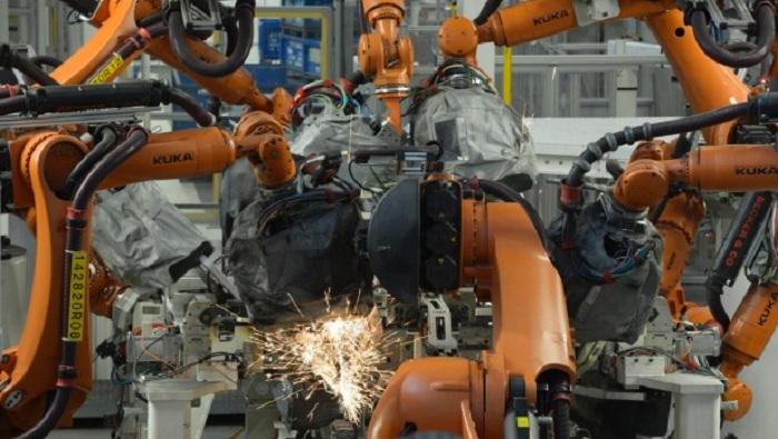 Robot kills man