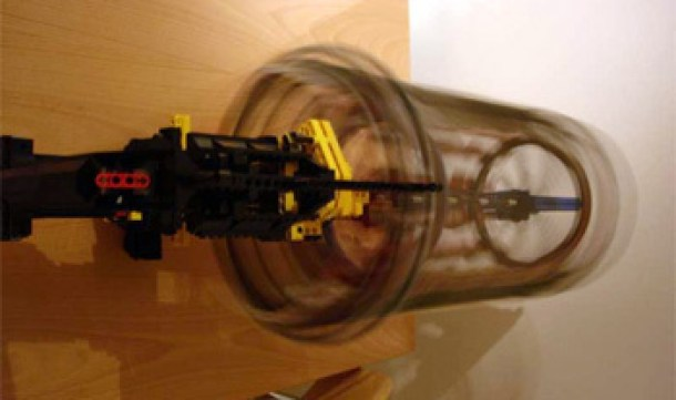 7 Wonderfully Engineered Gadgets Made Out Of LEGO 3b