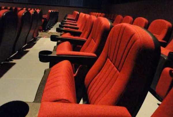 Flex-up chairs