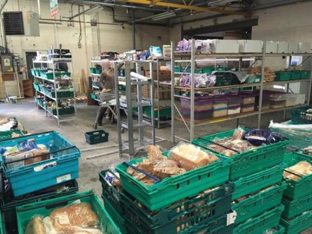 the-first-pay-as-you-feel-food-waste-grocery-store-opens-in-the-uk_image-1