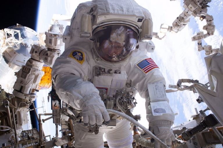 Peggy Whitson Longest Time In Space (1)