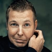 Recensione: L'uomo che metteva in ordine il mondo di Fredrik Backman