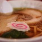 外国人が飯田橋の神楽坂飯店でジャンボ餃子とジャンボラーメンにチャレンジしてみた結果…海外の反応