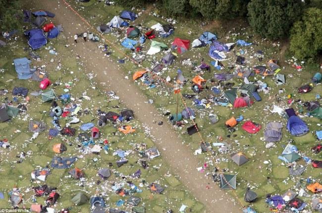 Excesso de lixo em festivais de música tem sido um grande problema