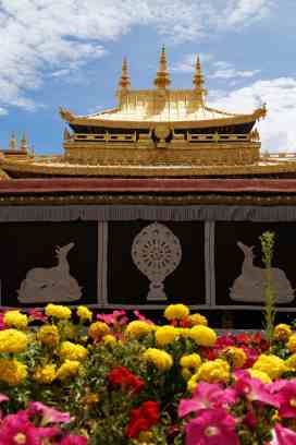 The golden roof of the Jokhang Temple