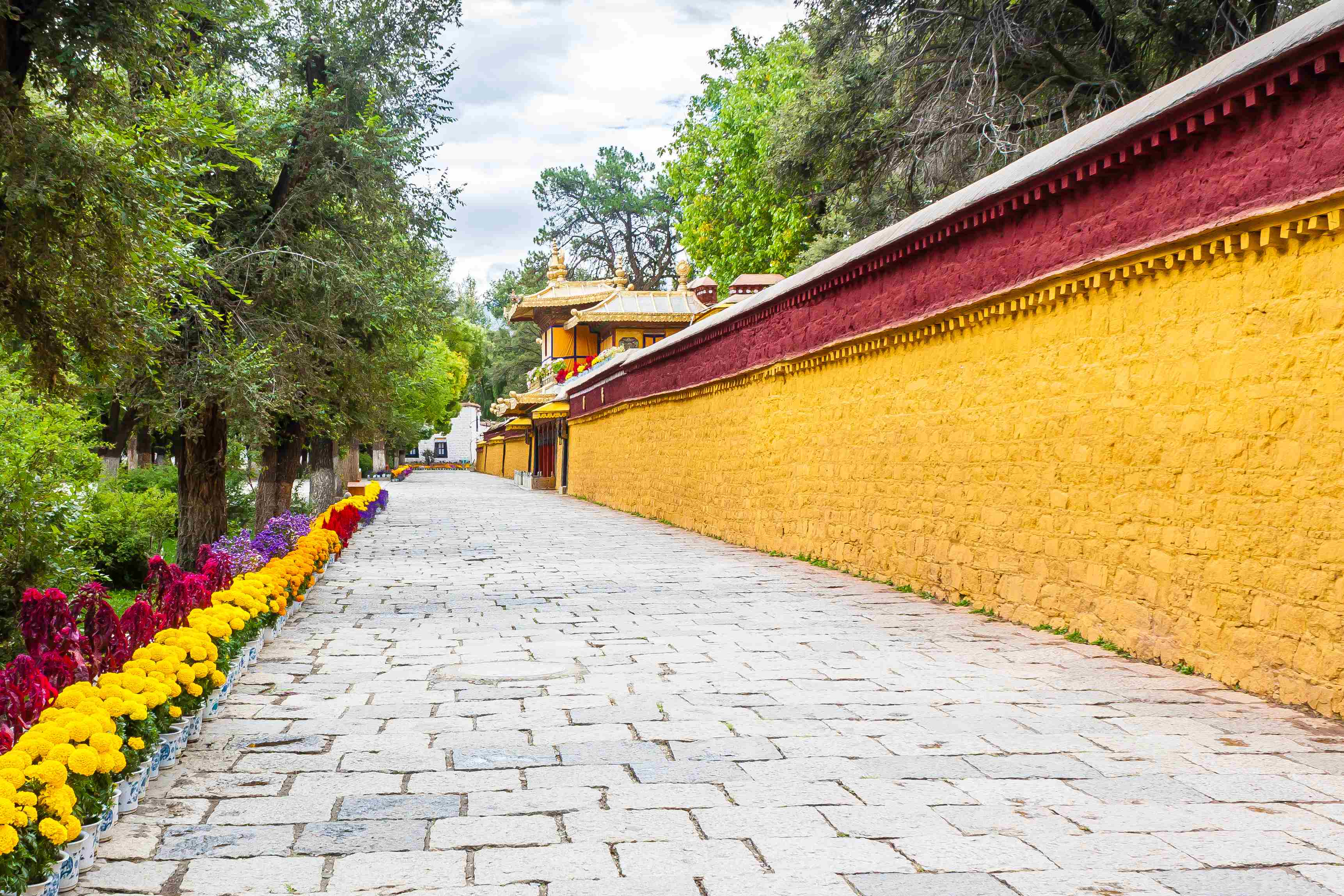 Norbulingka or Jewel Park in Lhasa