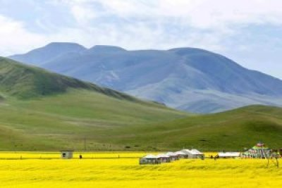Qinghai Lake in Amdo, Tibet