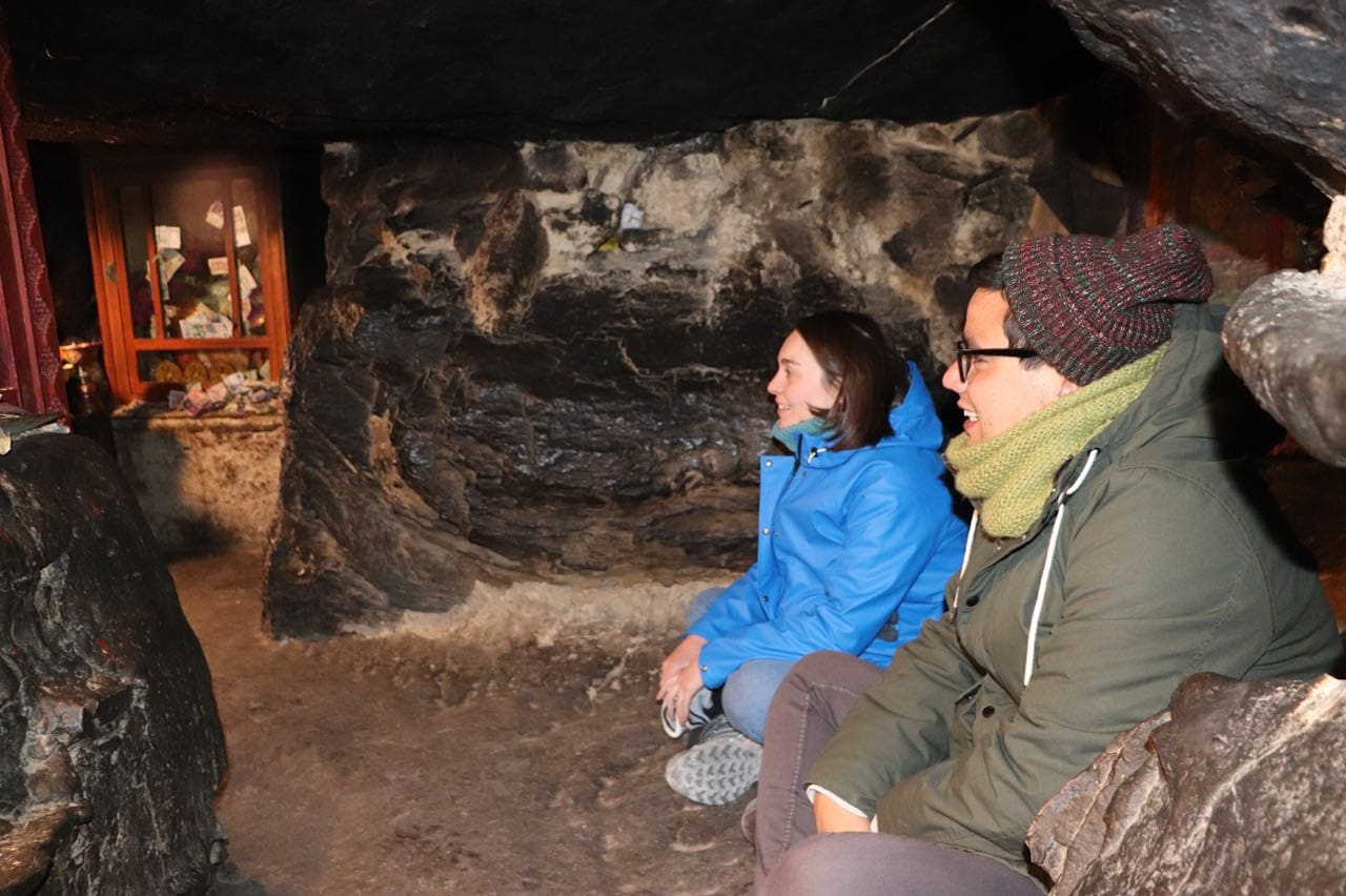 Meditation cave in Ringbuk monastery