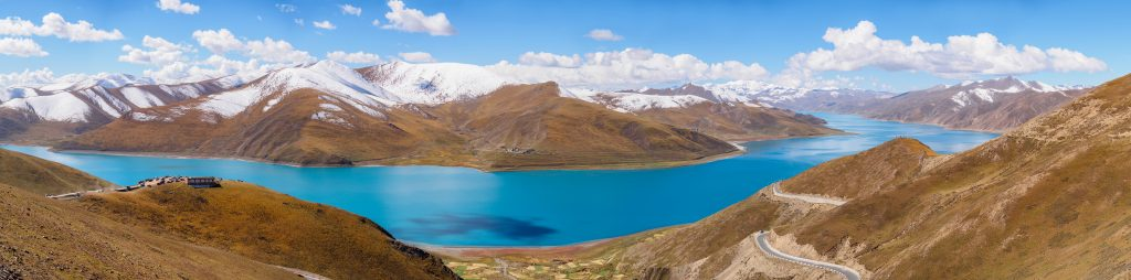 Yamdrok lake and snow mountains in Tibet
