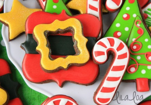 Santas-Belt-Buckle-Cookies-with-Lila-Loa-via-Sweetsugarbelle-blog