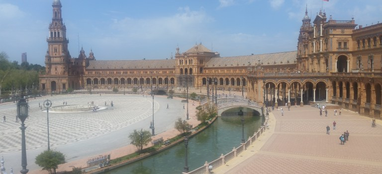 Sevilla: how to make friends whilst travelling
