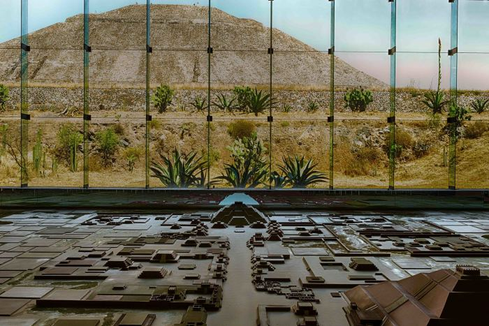 Museum Teotihuacan and Pyramid of the Sun