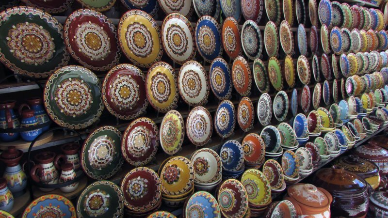 Bulgarian Troyan Pottery for sale outside Bachkovo Monastery