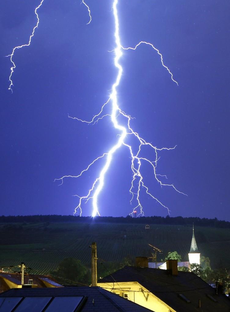 Breathtaking Photos Of Lightning Strikes The Wondrous Pics