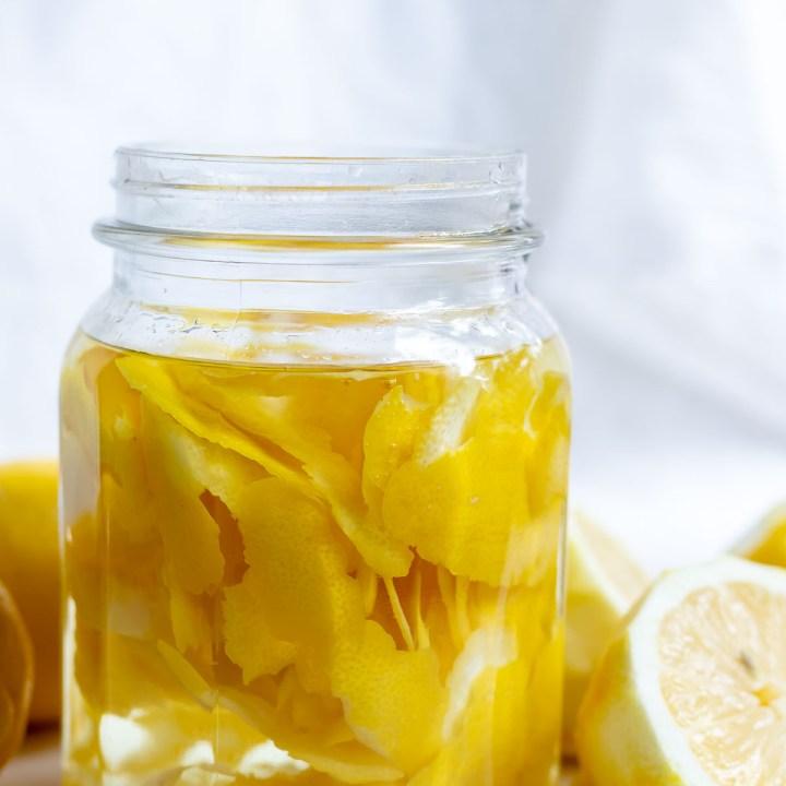 Natural Lemon Vinegar Cleaner