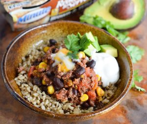 This Homemade Chipotle Bowl makes the perfect lunch or dinner. All the flavor of a chipotle taco in a rice bowl with black beans and roasted corn.