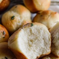 Easy Yeast Rolls with Butter and Thyme