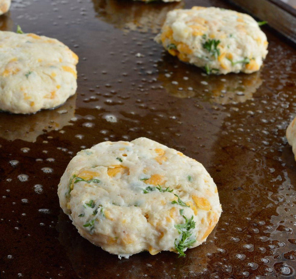 Cheddar Bay Drop Biscuits are full of flavor and light as air. These are inspired by your favorite Red Lobster Biscuits Recipe with cheddar cheese, fresh parsley and Old Bay Seasoning. Perfect for a quick dinner side dish or holiday feasts!