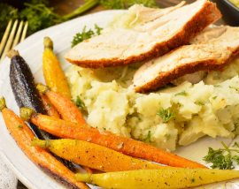 plate with turkey, mashed potatoes and carrots