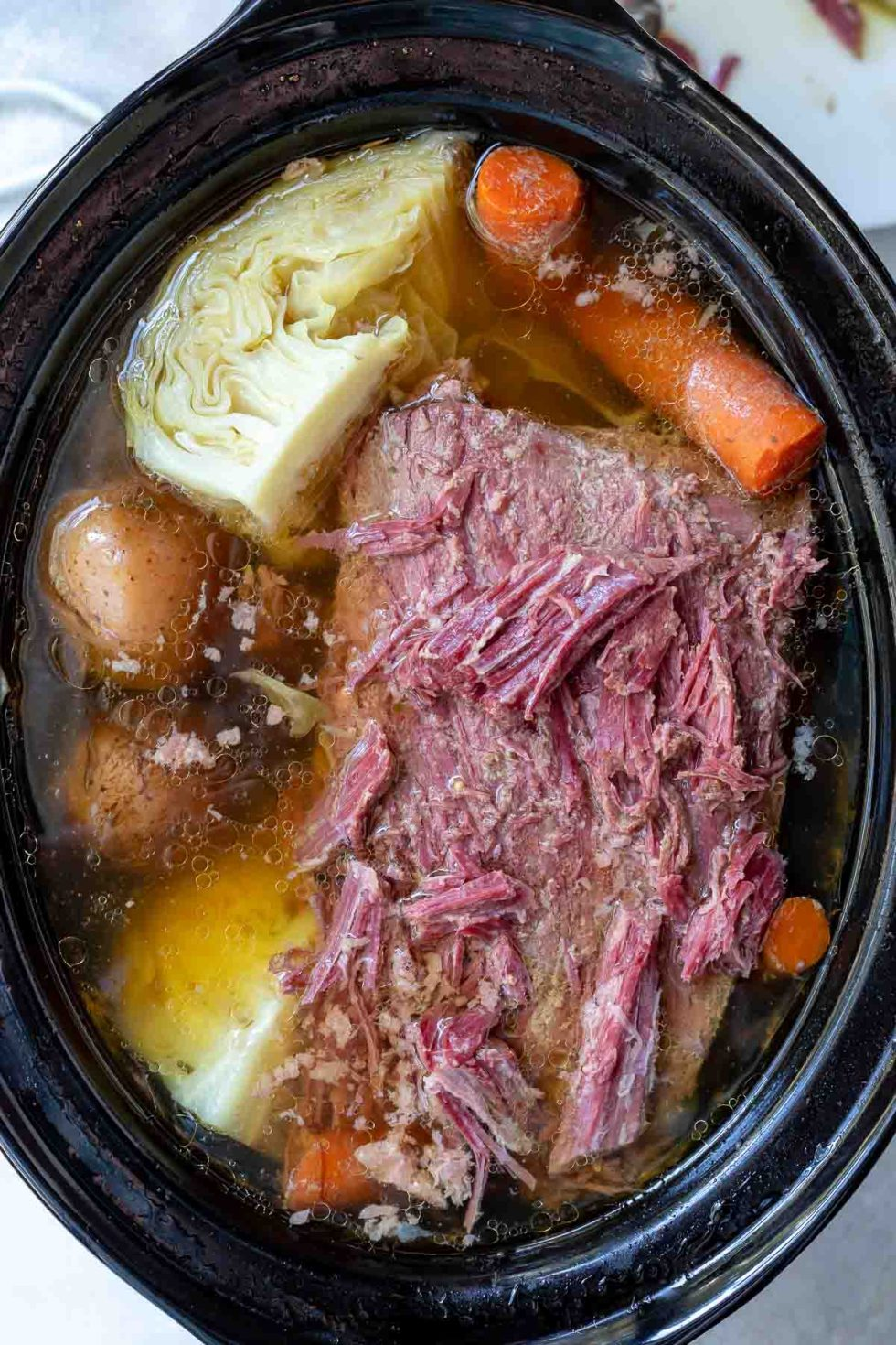 corned beef and cabbage in crockpot slow cooker