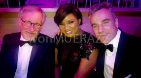 With director Stephen Spielberg and Lincoln actor, Daniel day-Lewise ( co - honorees)