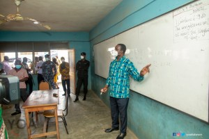 Education Minister picks marker to teach Algebra at Super KASS during a surprise visit - (Photos). 56