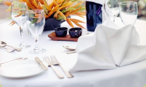 hire napkins and tablecloths