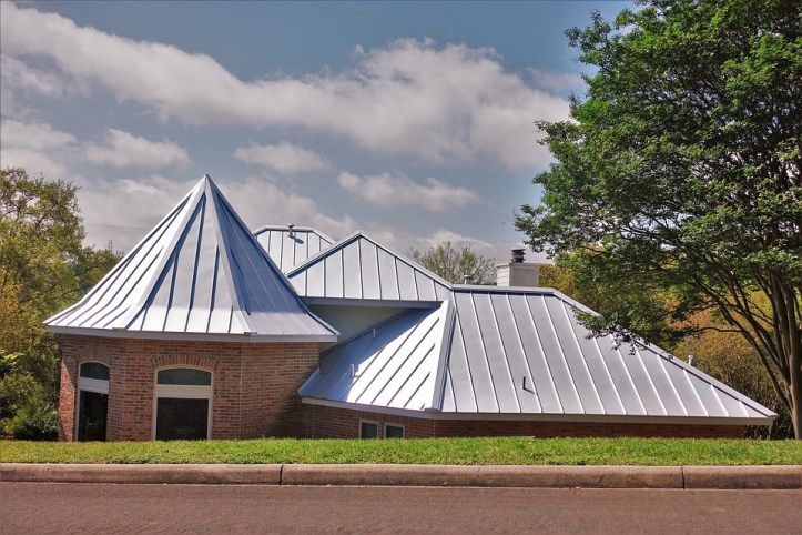 What to take into account when choosing roofing for your home - metal roof.jpg