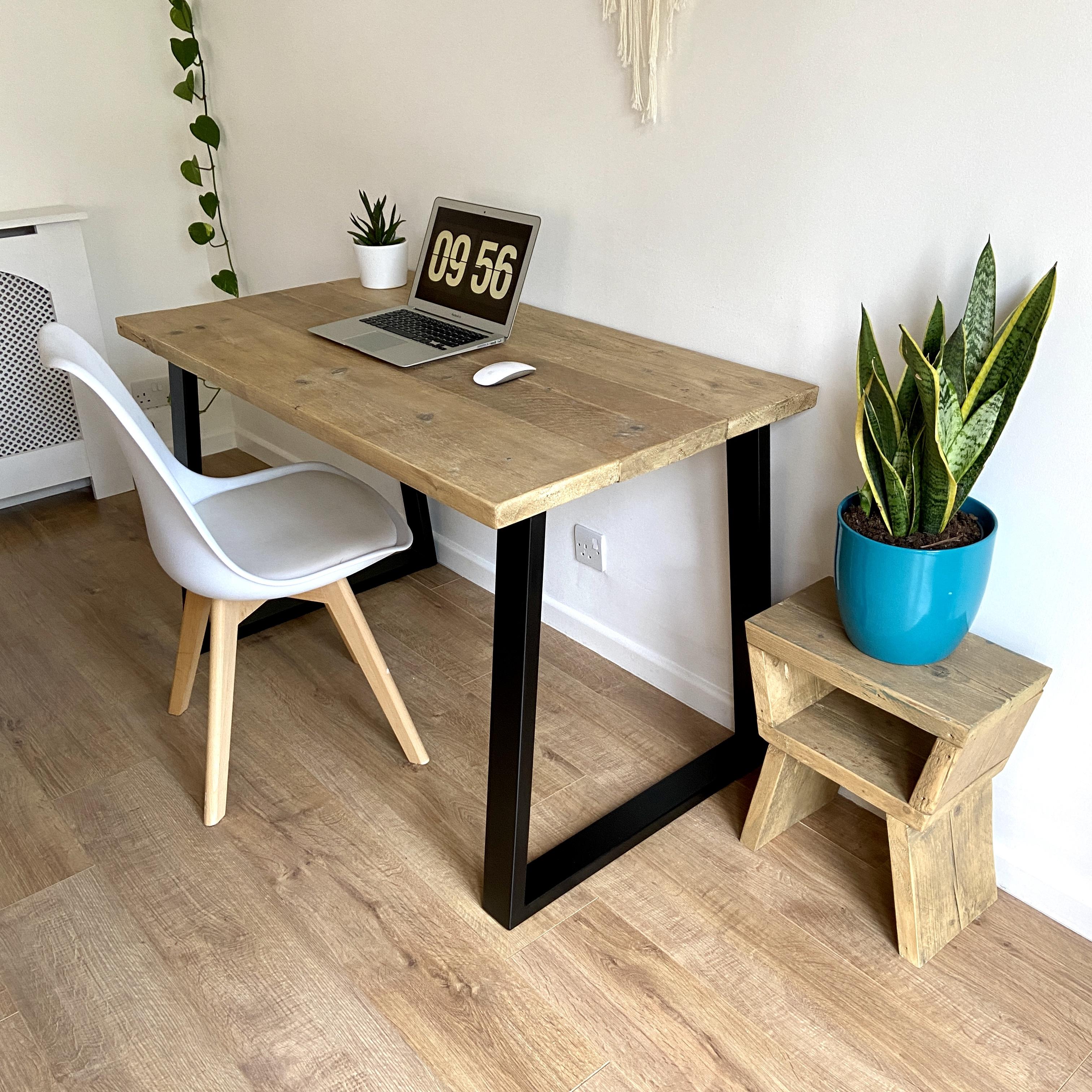 trapezium leg desk