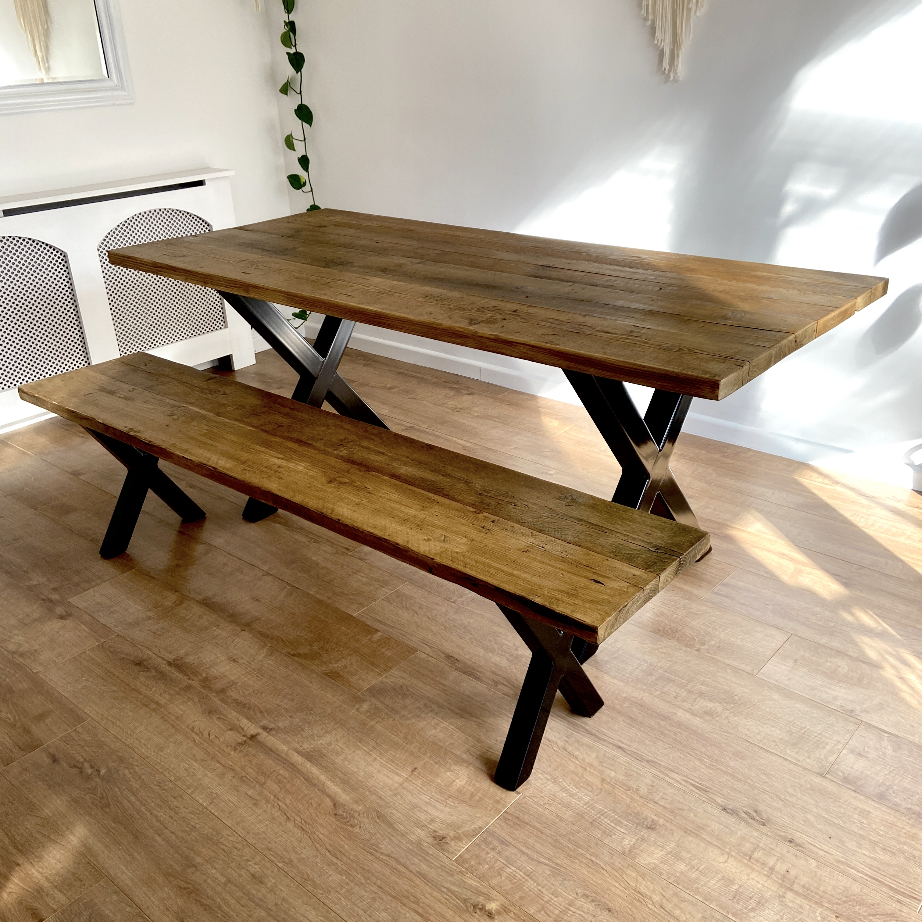 X-Frame Dining - Dark oak
