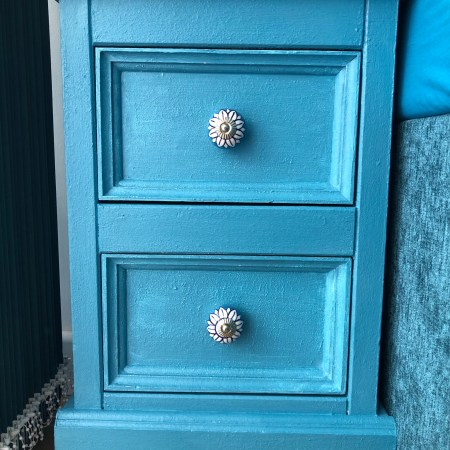 furniture paint upcycling knobs
