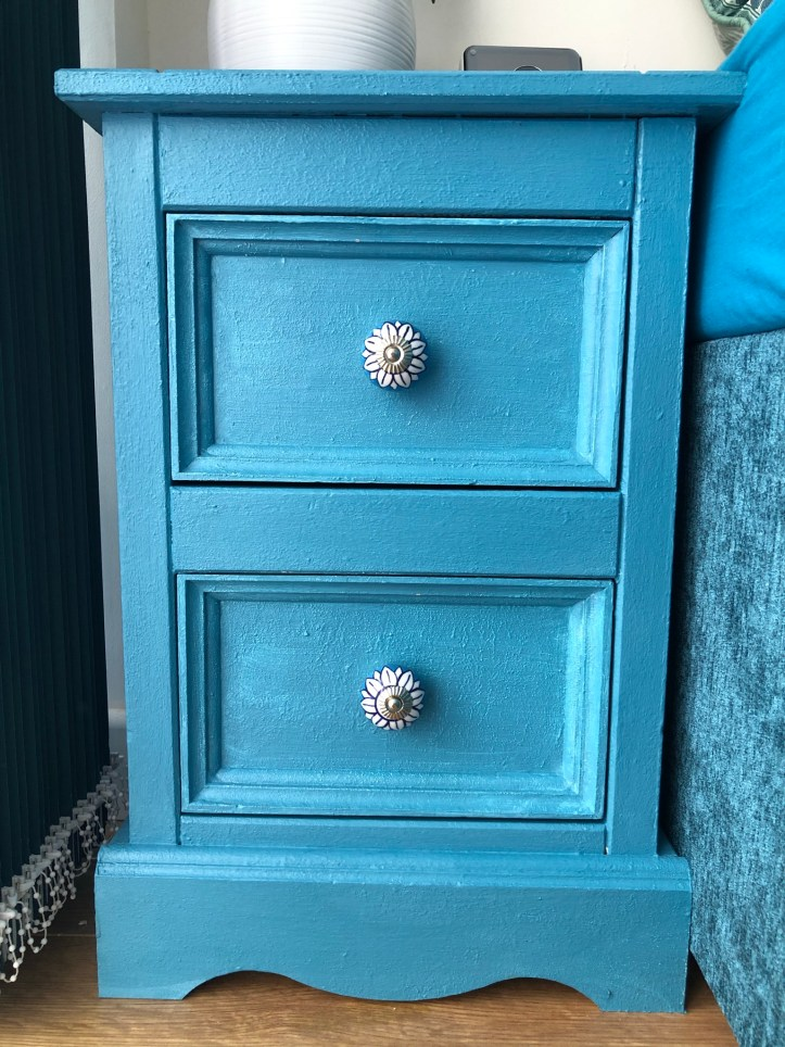 furniture paint teal upcycling knobs