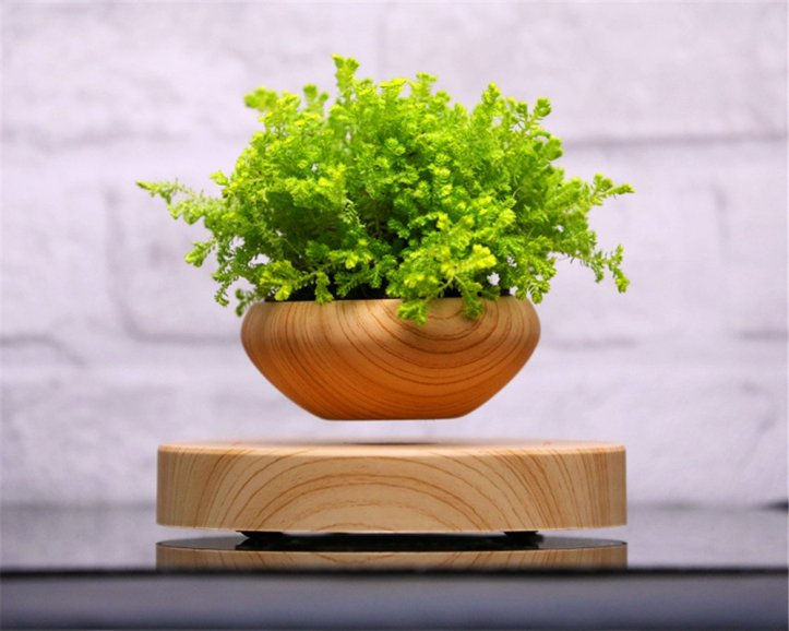 Airsai floating plant pot by Floately